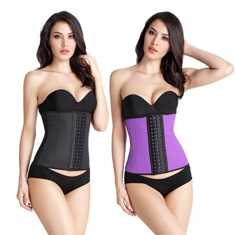 Les corsets fabriqués avec une matière synthétique
