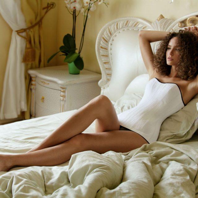 Pourquoi les femmes aiment tant utiliser le corset minceur